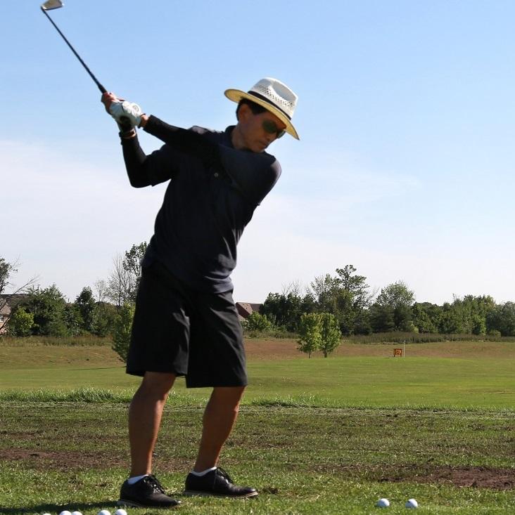 golfer at Bathurst Glen driving range